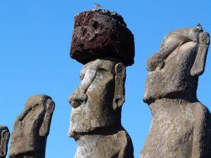 Moais en Rapa Nui. ¿Qué ver en Isla de Pascua?