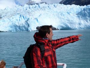 Sele ante un glaciar