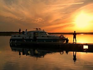 Barco-casa en el Lago Alqueva (Alentejo)