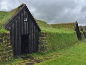 Keldur, la aldea de las casas césped en Islandia