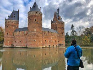 Sele en el castillo de Beersel, uno de los más hermosos del Brabante Flamenco (Flandes, Bélgica)