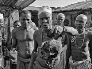 Ceremonia vudú en Benín (Fotografías en blanco y negro de Benín y Togo)